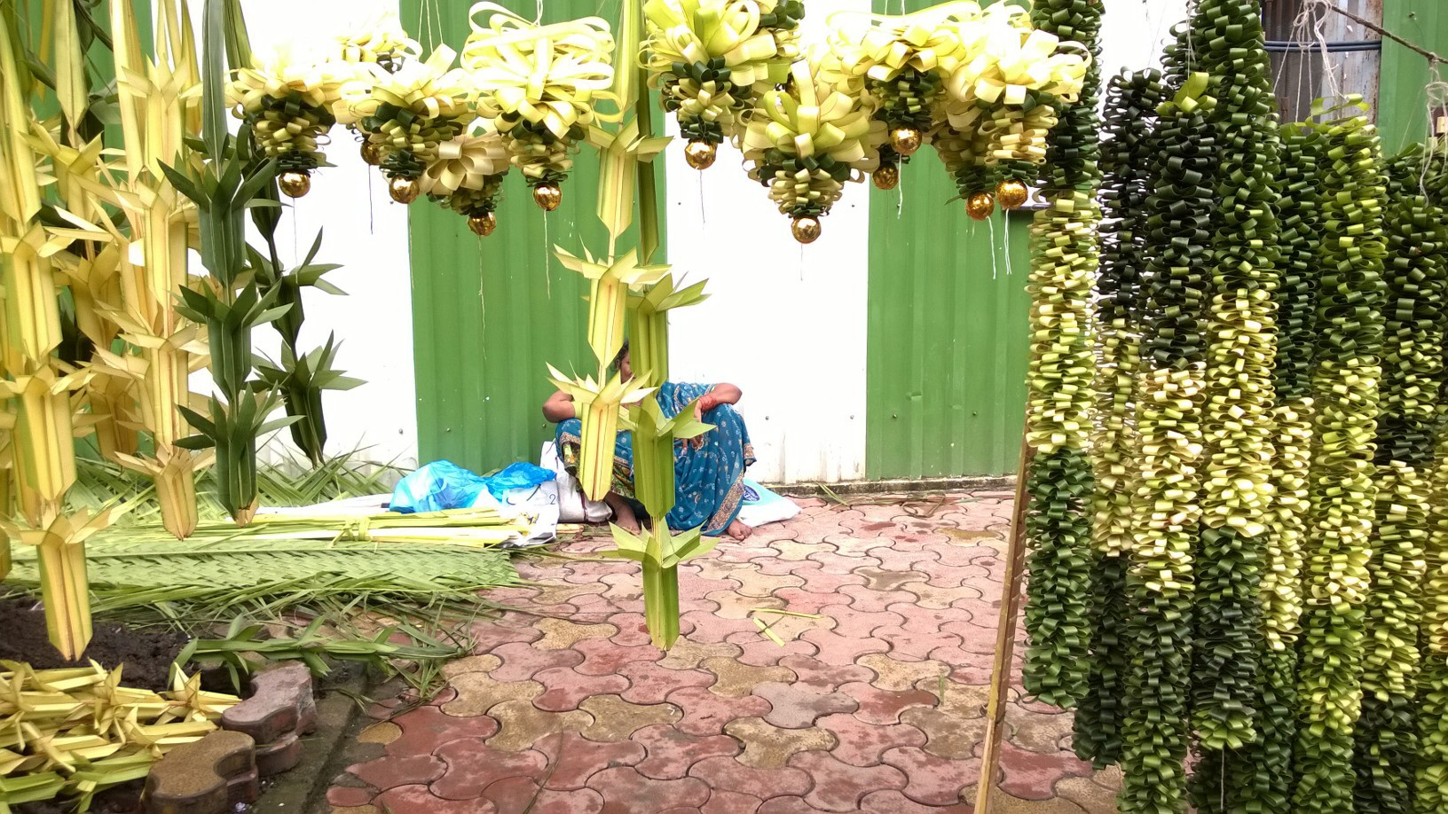 Mumbai markets welcome ganpati bappa meethi life image junglespirit Image collections